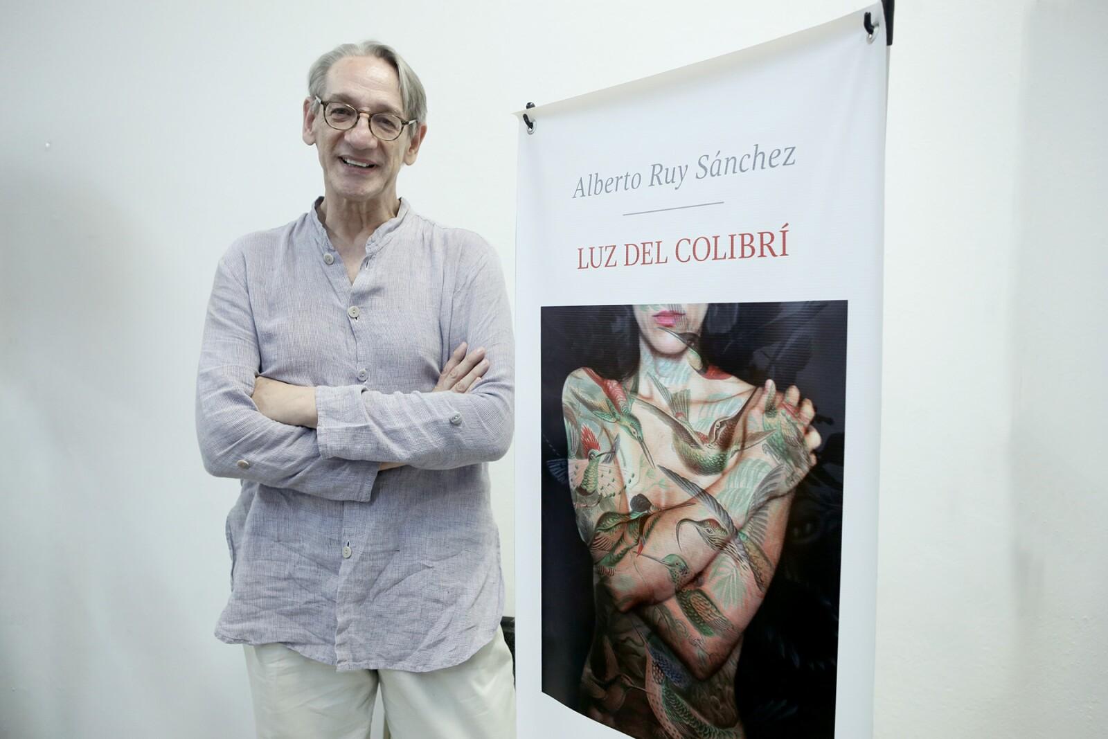 """Presentación del libro """"Luz de Colibrí"""""""