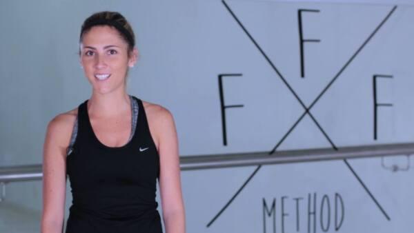 Sin gimnasios ni aparatos, Fer Rendón te enseña esta rutina que puedes hacer desde donde sea para tener glúteos perfectos.