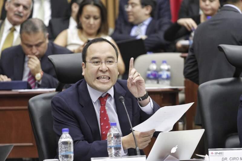 El abanderado de Morena, David Monreal, podrá reanudar su campaña para buscar la gubernatura de Zacatecas.