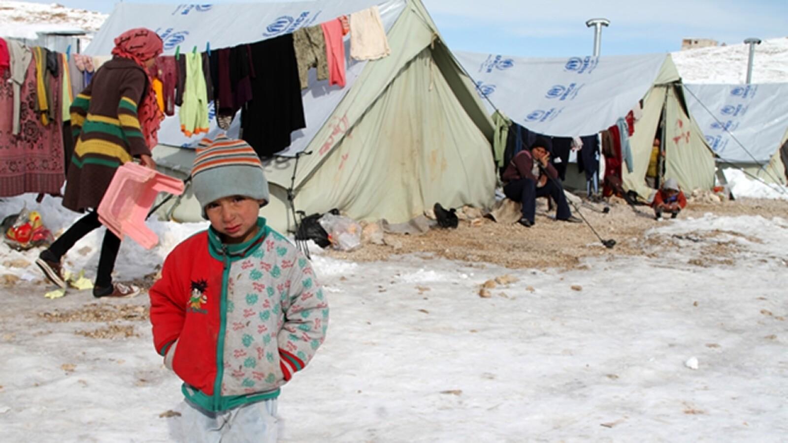 refugiados sirios enfrentan el frio
