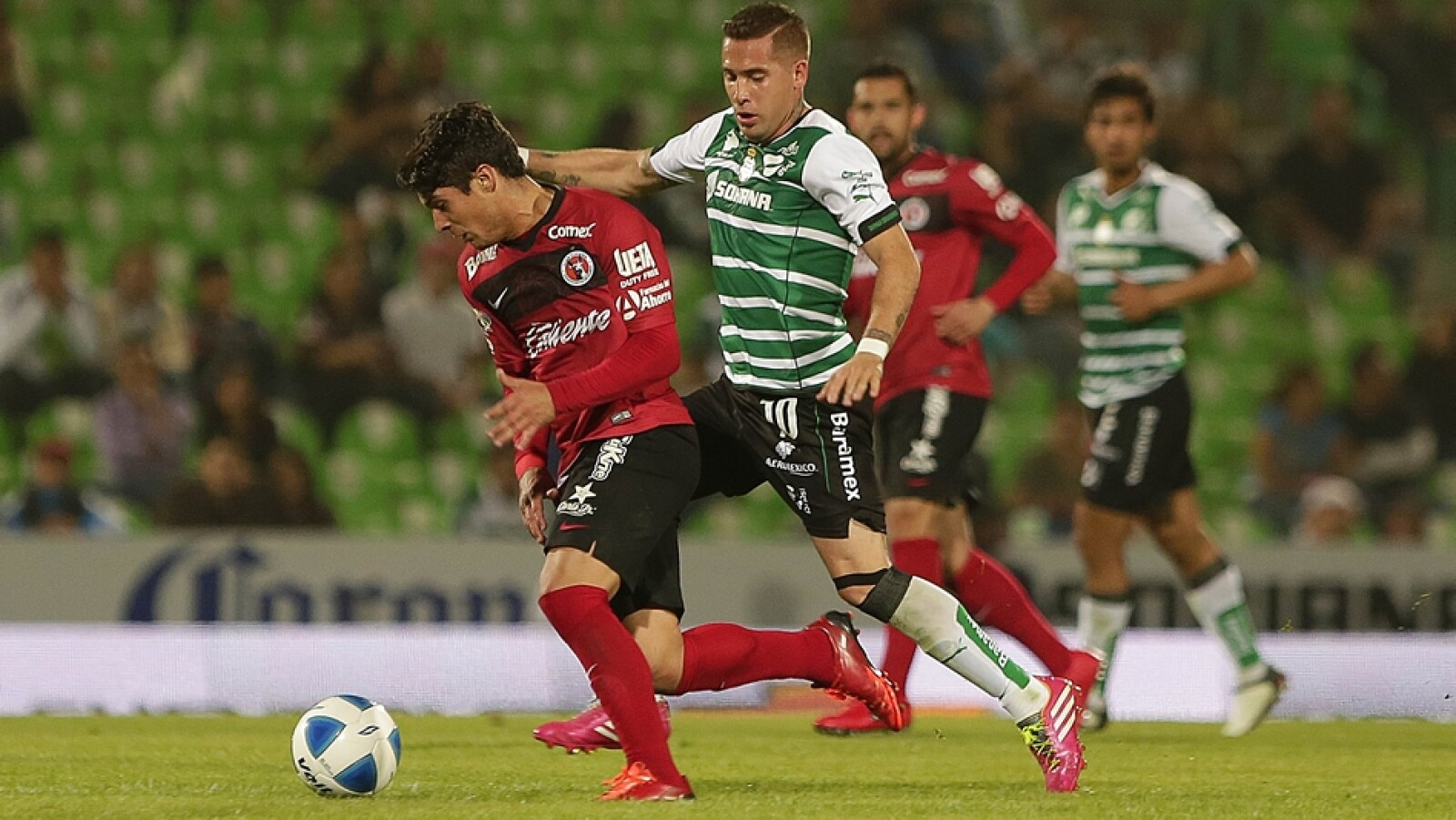 Santos sufrió pero venció 3-2 a Tijuana con goles de tres jugadores distintos