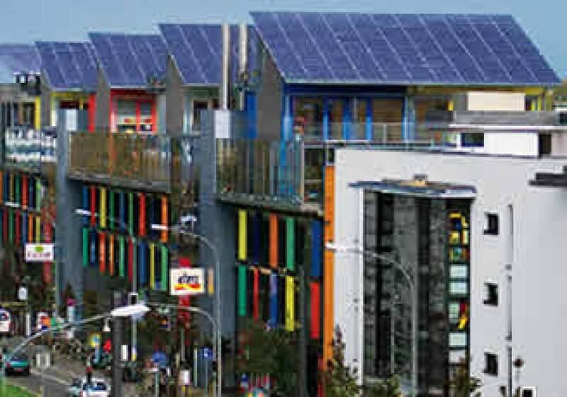 Los edificios municipales podría ahorrar hasta 25% de energía a través de este programa. (Foto: Joe Karten)