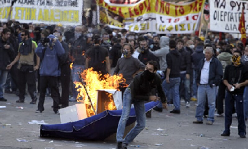 El plan de austeridad ha generado diversas protestas del pueblo griego. (Foto: AP)