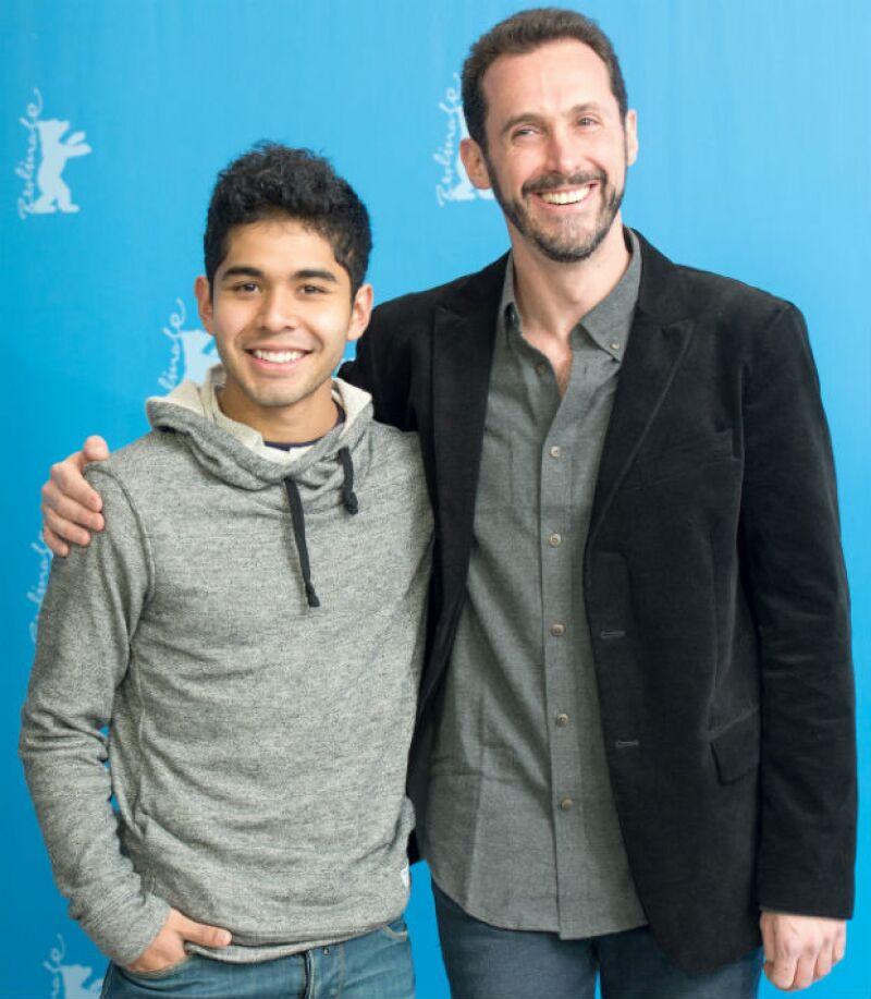 Kristyan Ferrer y el director de cine Gabriel Ripstein en la Berlinale.