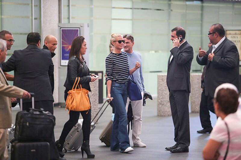 La ex de Chris Martin se ha mostrado muy amable con la prensa y sus fans en su visita a nuestro país.
