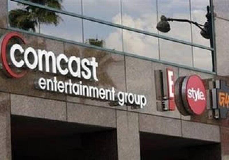 Comcast transmite a más de 50 de las redes hispanas más populares, como Telemundo. (Foto: Reuters)