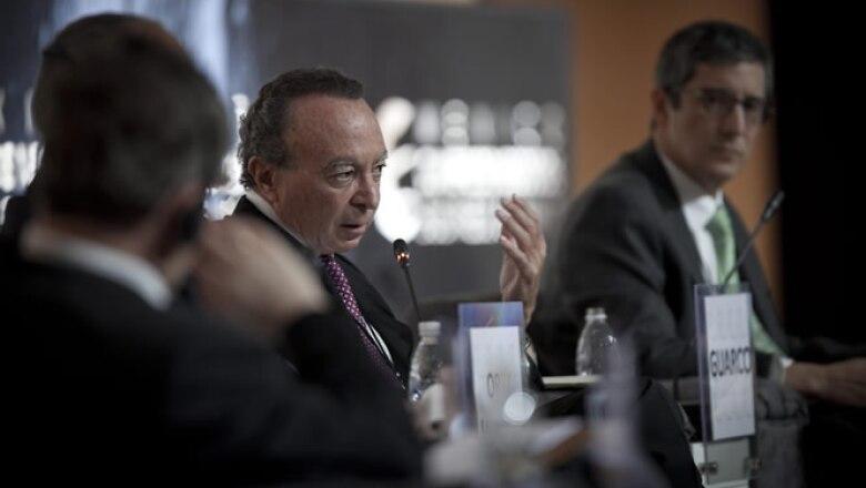 Los oradores hablaron del panorama económico para 2013, las incertidumbres externas y las oportunidades internas.