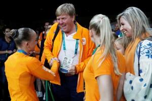 El rey Guillermo también felicitó a Sanne Wevers.