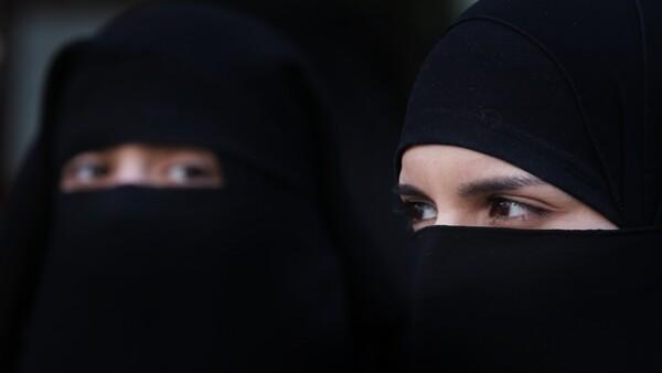 mujeres árabes burka