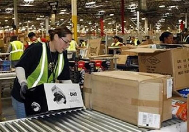 Amazon se vio beneficiada por las compras del fin de año. (Foto: Reuters)