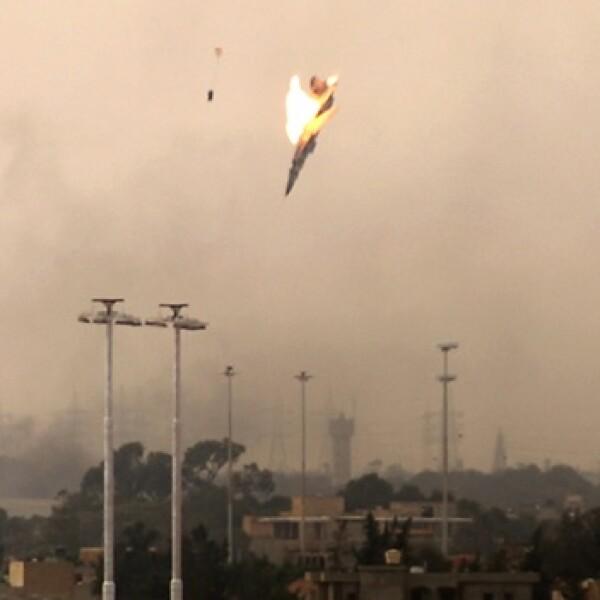 Momento 1: caída del avión rebelde en Benghazi