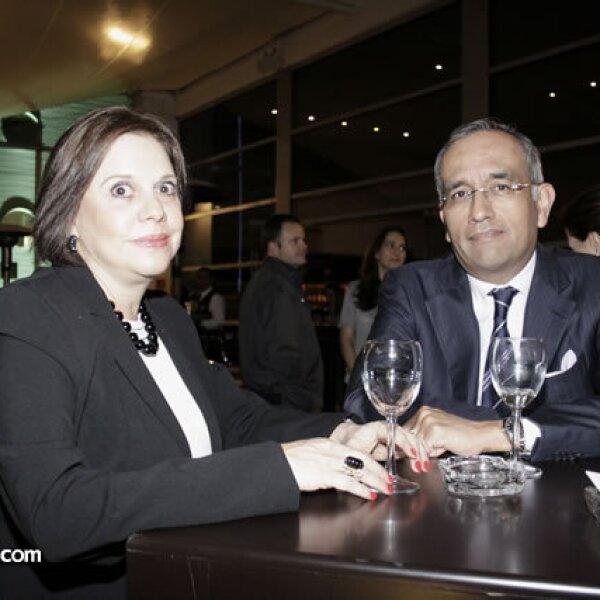 Gaby y Óscar de la Vega