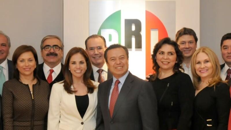 De izquierda a derecha: Cristina Díaz, Ivonne Álvarez, César Camacho e Ivonne Ortega