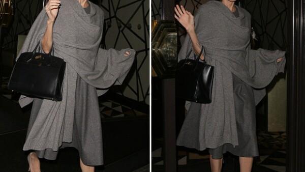 Luego de las especulaciones que hay alrededor de su frágil aspecto, la actriz fue captada en Londres. ¿Qué opinas de su imagen?