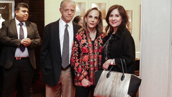 Rafael Alazaki,Mónica Bergery y Ivonne Lebena