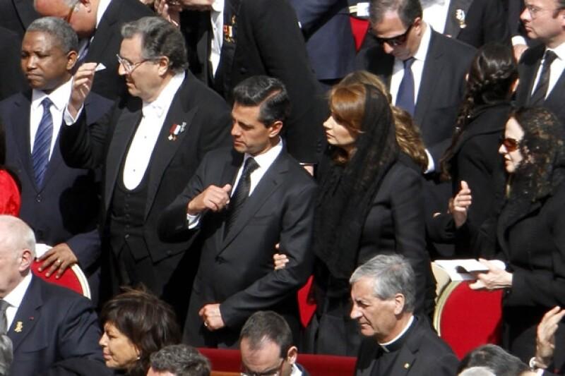 Peña Nieto invitó al Papa a visitar México lo más pronto posible.