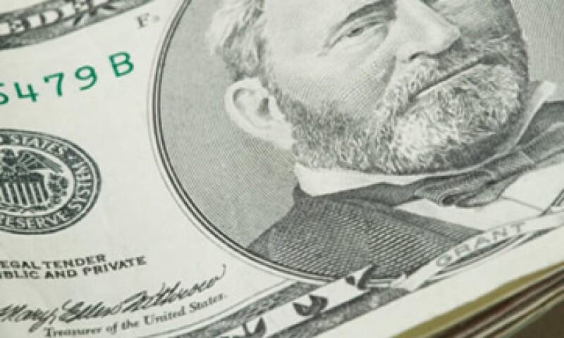 El dólar se compra este lunes en un precio mínimo de 12.93 pesos. (Foto: Thinkstock)
