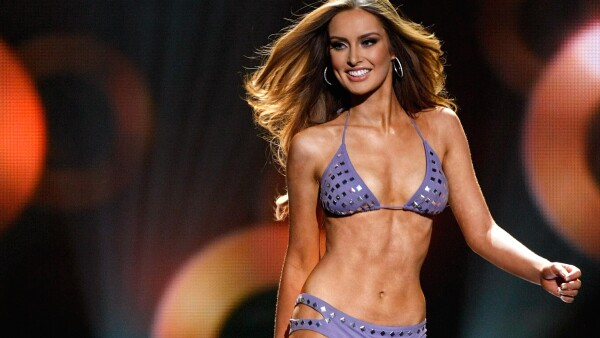 Rozanna Purcell Miss Universo 2010