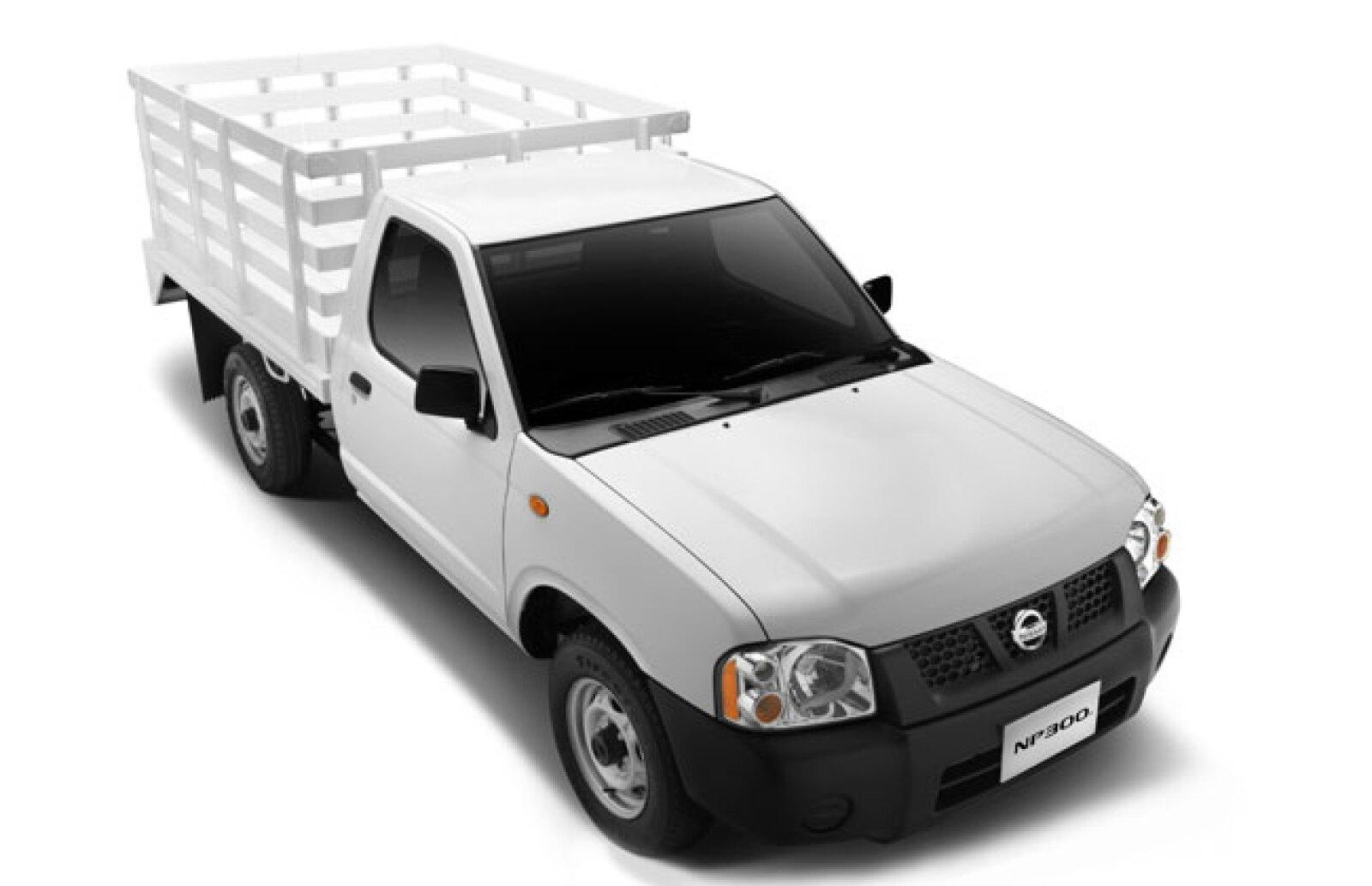 Camioneta Nissan Chas�s Largo. Nissan lo ensambla en su f�brica de Cuernavaca, Morelos,