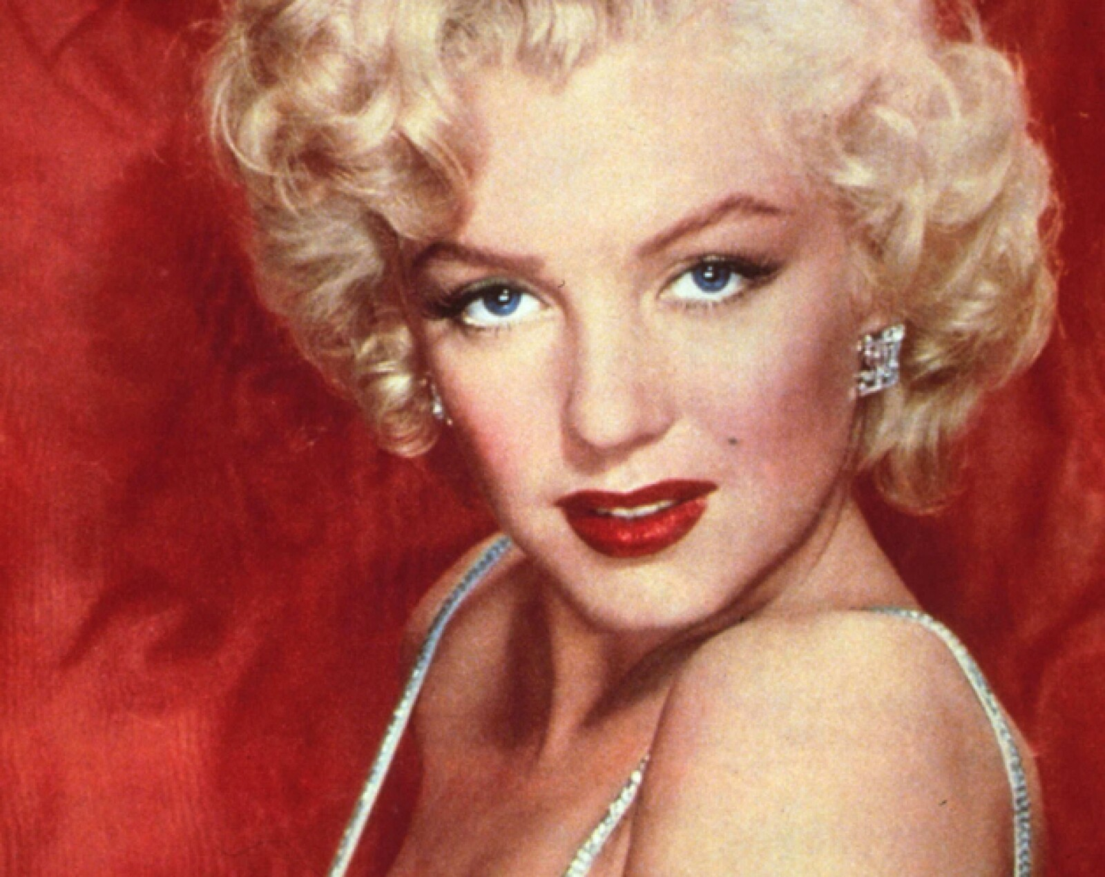 3. Marilyn Monroe. Polémica y sensual, cambió los cánones utilizando elementos del burlesque y las pin ups en su identidad.