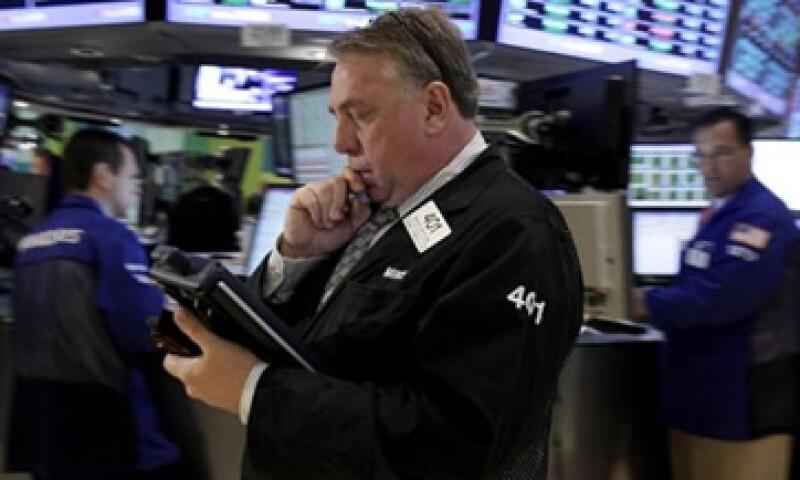 Wall Street cayó por los rumores de que el BCE volvería a comprar bonos. (Foto: AP)