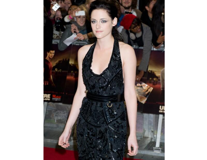 La actriz va a dejar a un lado el aspecto juvenil con el que se le ha conocido desde la saga &#39Crepúsculo&#39 para mostrar ahora en la película &#39Cali&#39 un lado más duro.