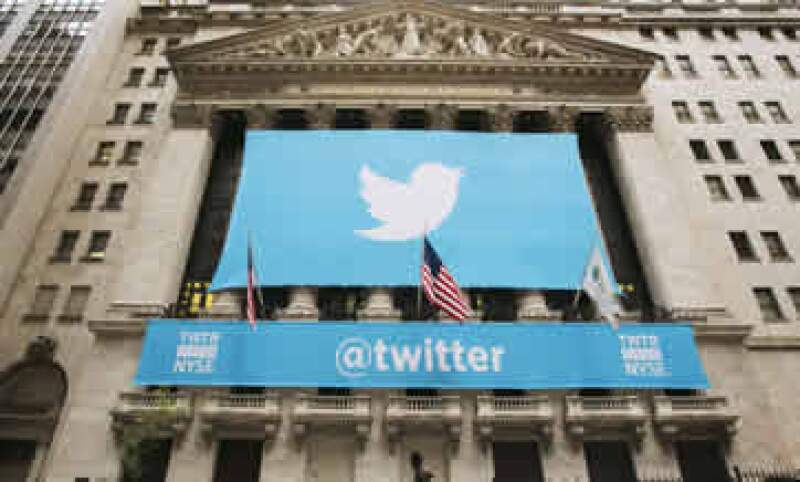 En su debut, Twitter está cerca de alcanzar un valor de mercado similar al de LinkedIn y Yahoo. (Foto: Reuters)