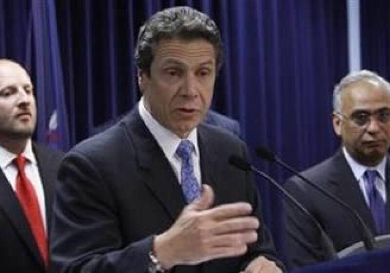 Andrew Cuomo, fiscal general de NY, demandará a la correduría Charles Schwab por fraude. (Foto: Reuters)