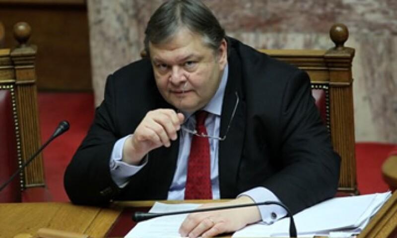 Evangelos Venizelos, ministro de Finanzas de Grecia dijo que el acuerdo con sus acredores ayudará al país a reducir su carga de endeudamiento en 100,000 mde. (Foto: AP)
