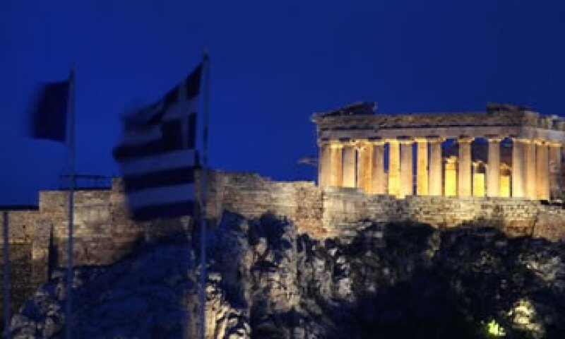 Grecia debe alcanzar una quita con los acreedores sobre sus bonos soberanos. (Foto: AP)