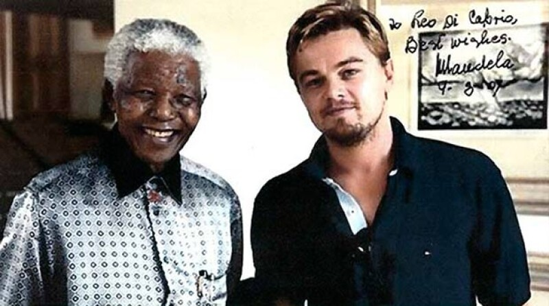 De acuerdo con medios internacionales, el actor iniciará un proceso legal con la finalidad de recuperar una foto que le fue dedicada por el luchador social.