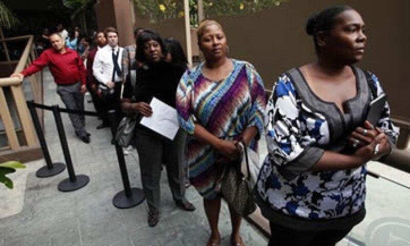 Los analistas esperaban que la tasa de desocupación se ubicara en 8.2%. (Foto: AP)
