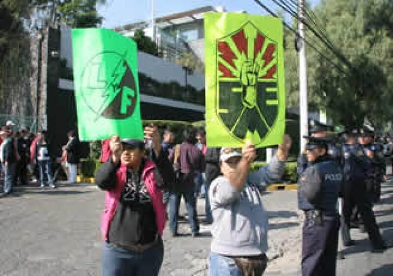 Algunos manifestantes se concetrarán en las inmediaciones de las estaciones Aeropuerto, La Raza, San Lázaro, Viaducto y Normal del Metro.  (Foto: Notimex)