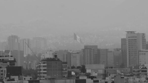 Las autoridades dijeron que el nivel de ozono en el aire en el Valle de México orilló a una fase de contingencia I (esta foto es del pasado 14 de marzo)