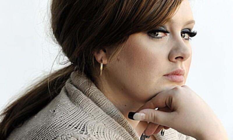 El éxito de Adele en su país natal también se ha visto equiparado por otro similar en Estados Unidos, el mayor mercado musical del mundo. (Foto: AP)