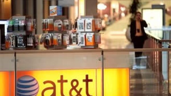 La empresa añadió 2.7 millones de suscriptores, en parte gracias a su acuerdo con Apple por el iPhone. (Foto: AP)