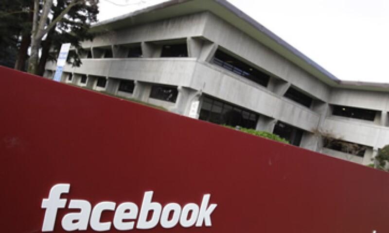 Microsoft y Goldman Sachs son de las empresas que podrán comercializar los títulos de la red social. (Foto: Thinkstock)