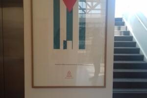 La bandera cubana está presente en las oficinas de Airbnb.