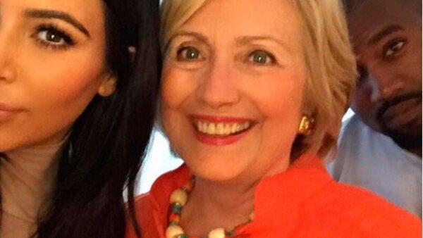 La estrella de la televisión estadounidense no perdió la oportunidad de tomarse una foto con la candidata demócrata a la Casa Blanca durante un acto de recaudación de fondos.