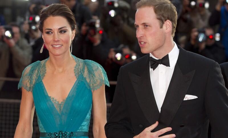 El heredero al trono de Gran Bretaña reconoció que él y su esposa están deseando formar ya su propia familia.