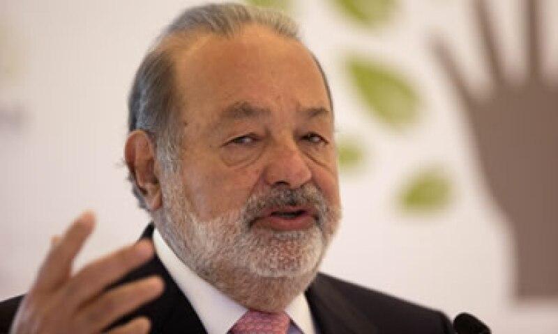 Con una fortuna que supera los 69,000 millones de dólares, Carlos Slim es considerado uno de los hombres más ricos del mundo. (Foto: AP)