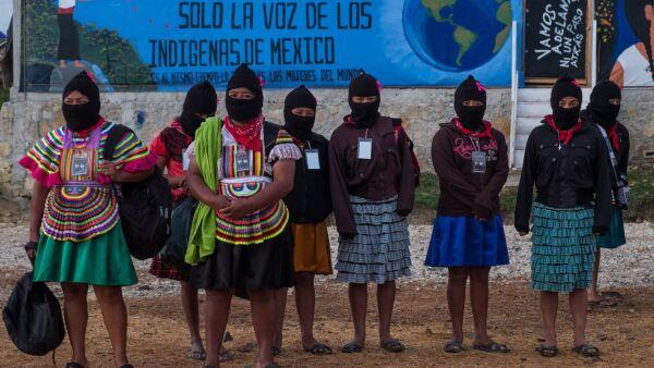 """MORELIA, CHIAPAS, 08MARZO2018.- Alrededor de 2,000 mujeres zapatistas y 6,000 mujeres de 27 estados de la republica mexicana y 34 países del mundo; con distintas edades, idiomas, ideologías políticas, religiosas, direcciones étnicas y culturales, se reunieron en el Caracol Zapatista ubicado en la zona Tzotz Choj, en Morelia, para asistir al """"Primer Encuentro Internacional, Político, Artístico, Deportivo y Cultural de Mujeres que Luchan"""" convocado por las mujeres del Comité Clandestino Revolucionario Indígena del Ejército Zapatista de Liberación Nacional (CCRI-EZLN). En el evento quedo reservada la admisión para varones mayores de 10 años incluyendo a los Zapatistas por lo cual el evento funciono 100% por mujeres. Durante 3 días las mujeres pudieron asistir a talleres sobre  feminismo, danza, bordado, medicina natural, defensa personal entre otras, así como disfrutar de las bandas y música presentadas por las noches y las cuales también estaban conformadas por mujeres. FOTO: ANDREA MURCIA /CUARTOSCURO.COM"""