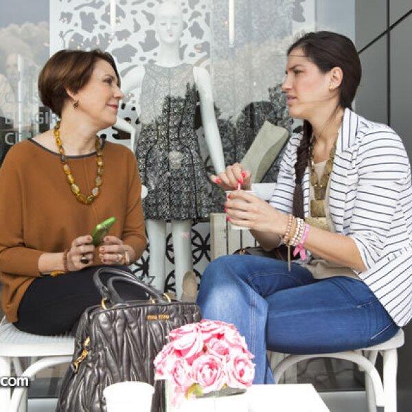 Ana Lilia Cepeda y María Fernández Pérez Salázar