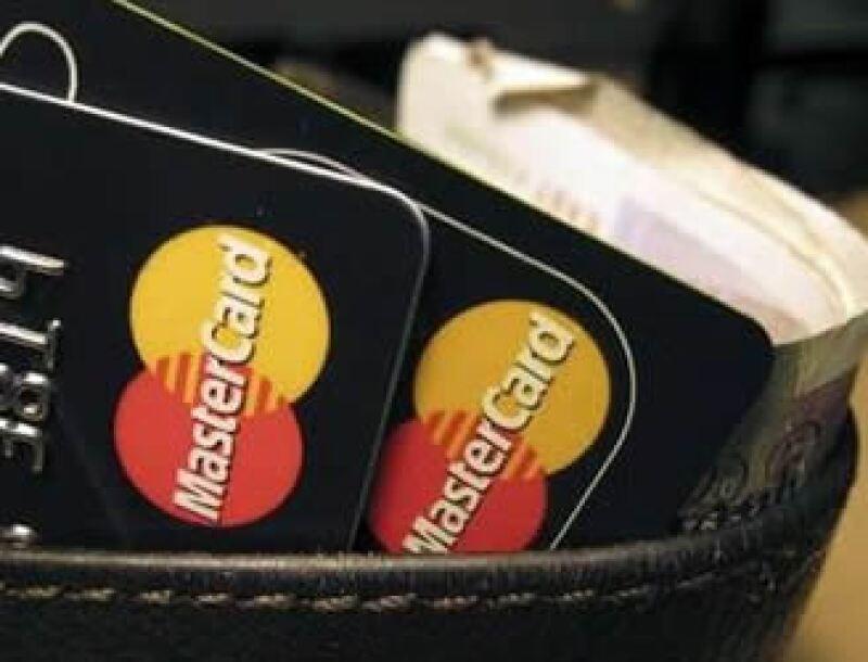 Se producirán millones de teléfonos capaces de hacer pagos sin necesidad de tarjetas. (Foto: Reuters)