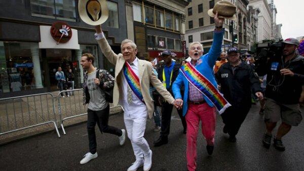 El actor Ian Mckellen fue un entusiasta participante del Gay Pride Parade en Nueva York.