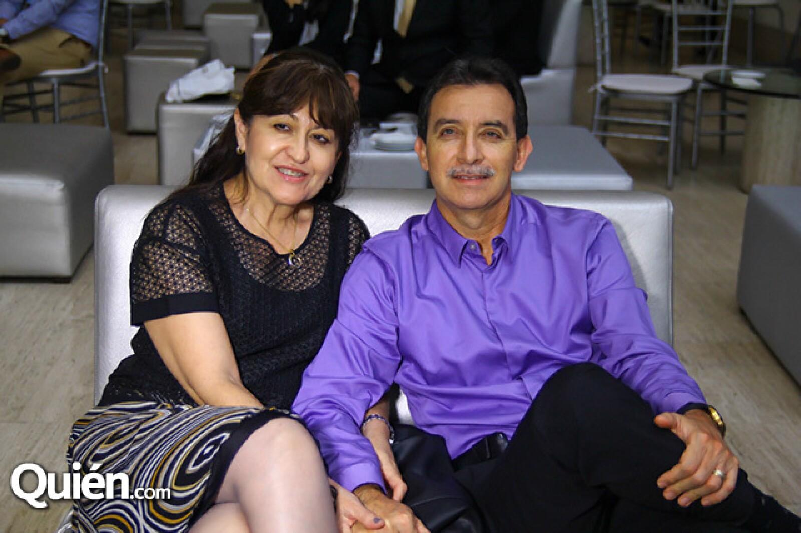 Ruth Medina y Adrián Rendón