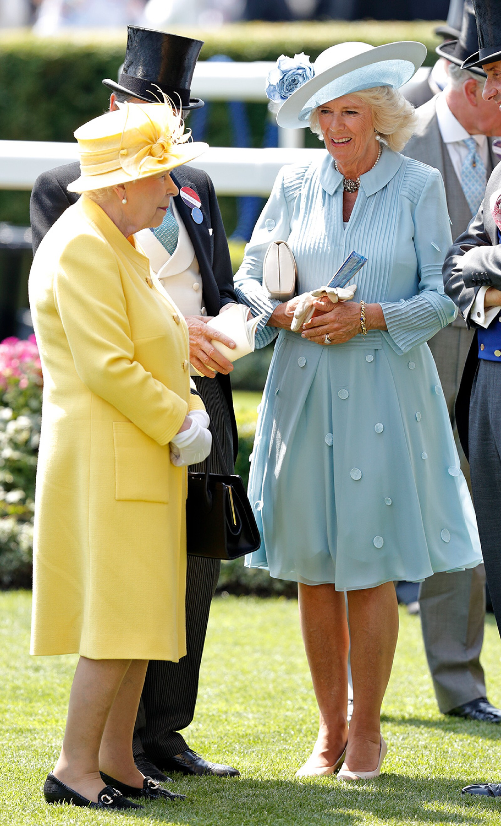 Reina Isabel II y Camilla, Duquesa de Cornwall