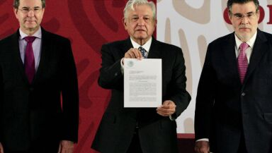 AMLO deroga la reforma educativa de EPN