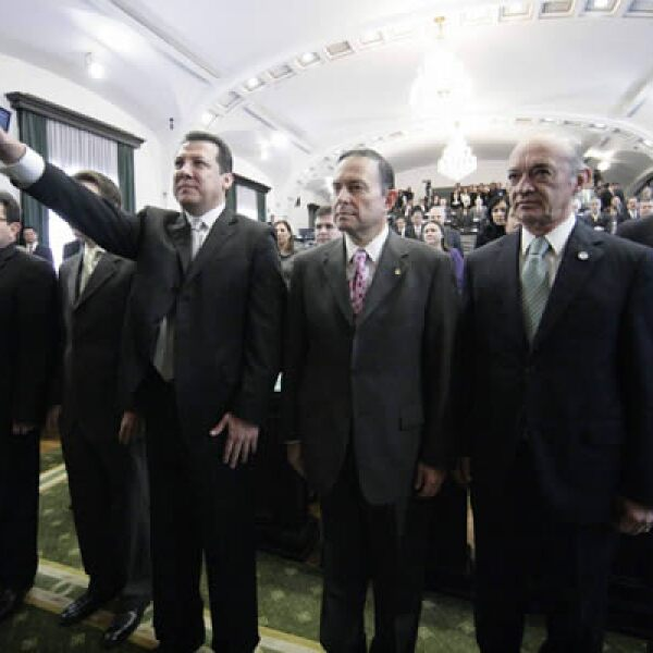 Raúl Plascencia Villanueva rindió protesta como presidente de la Comisión Nacional de los Derechos Humanos (CNDH) ante el Senado de la República el martes 10, cargo que asumirá formalmente el 15 de noviembre.