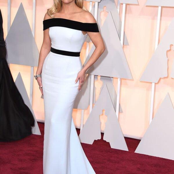 Para los Oscar de 2015, la actri de Sweet Home Alabama usó anillos, brazalete y aretes de diamantes de la colección 2015 de Tiffany Blue Book.